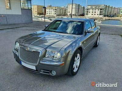 begagnad Chrysler 300C 2007 V6 i fint skick