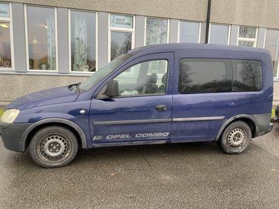 begagnad Opel Combo COMBI 1.6