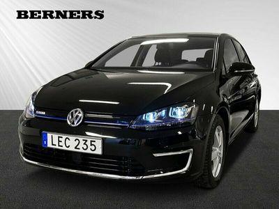 begagnad VW e-Golf e-115HK 24,2 kWh / Navi / backkamera
