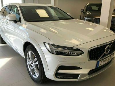 """begagnad Volvo V90 D4 AWD Pro Edition/21"""" Sommarhjul/VOC/Drag/Styling pkt/Vinterhjul"""