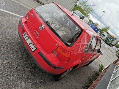 gebraucht VW Golf 5-dörrar 1.6 100hk -98