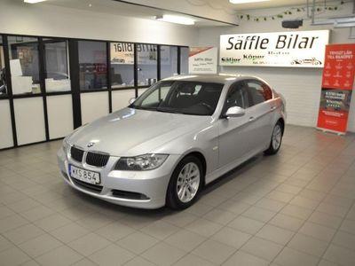 begagnad BMW 325 i Sedan Automat Advantage, Comfort 218hk