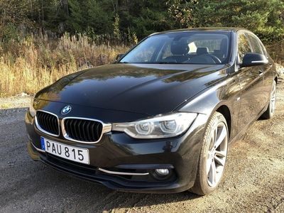 begagnad BMW 330 i xDrive Sedan Sedan, F30 (252hk)