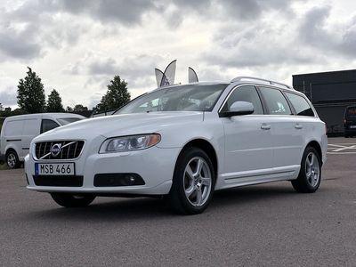 begagnad Volvo V70 2.5T 231HK / Summum / Drag / Värmare / Läder