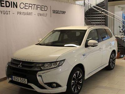 begagnad Mitsubishi Outlander 2,0 Phev 4WD Safety Drag S+V-hjul