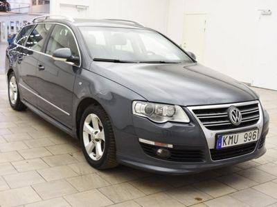 begagnad VW Passat 2.0 TDI AUT / R-LINE / PREMIUM / SKINN