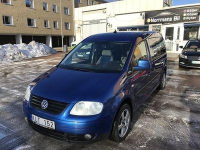 begagnad VW Caddy Maxi Life 2.0Tdi/7-sits/Drag -08