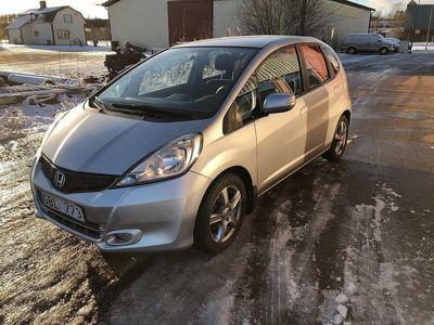 begagnad Honda Jazz 1.4 i-VTEC CVT Aut Paddlar 1 Ägare 2012, Halvkombi 98 500 kr