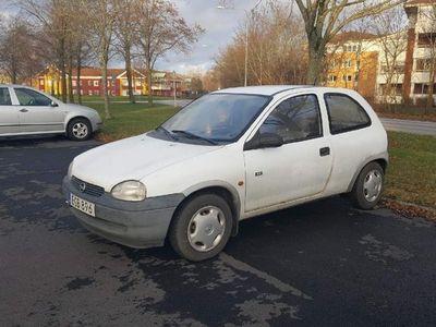 begagnad Opel Corsa 3-dörrar 98