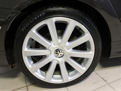 begagnad VW Passat TDI 170DSG 4M R-LINE -10