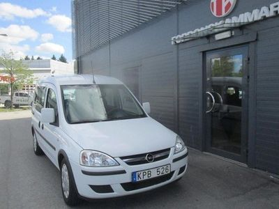 begagnad Opel Combo Combo LifeTour 1.6 CNG 2010, Minibuss 39 000 kr