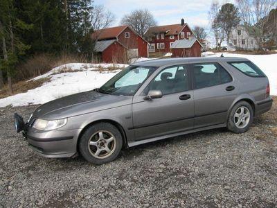 begagnad Saab 9-5 combi bilen säljes avstäld