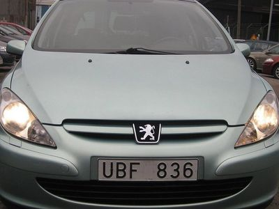 begagnad Peugeot 307 CC SW 2,0i A Panorama Drag 2003, Kombi 19 900 kr