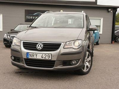 begagnad VW Touran Cross 1.4 TSI GPS 7-sits 140hk