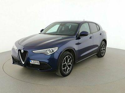 begagnad Alfa Romeo Stelvio Super 2.0 TBI Q4 / Backkamera El-baklucka