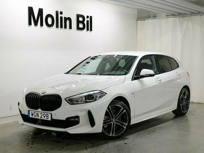 begagnad BMW 120 xDrive 5-Dörrar M Sport Drag 2021, Halvkombi Pris 389 000 kr
