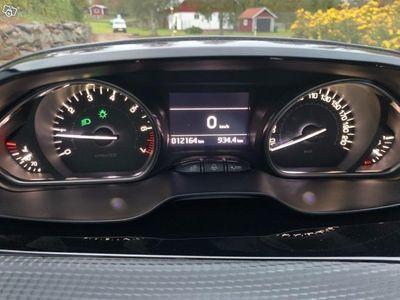 begagnad Peugeot 2008 -16