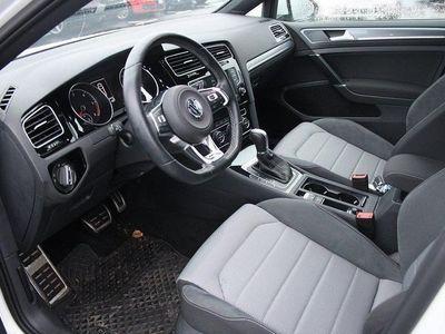 begagnad VW Golf SC 2,0 TDI 150 DSG6 GT