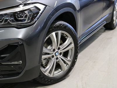 begagnad BMW X1 xDrive 20d Sportline, Connected, Parki