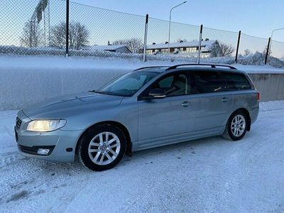 begagnad Volvo V70 D4 AWD 181 hk, Dynamic Edition/VOC/Drag/V-hjul