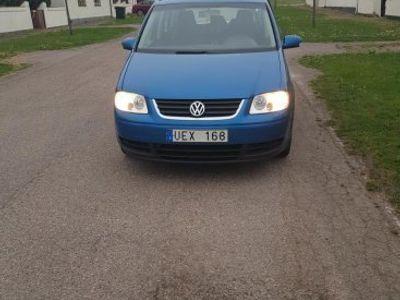 begagnad VW Touran 1,9 7 sits -03