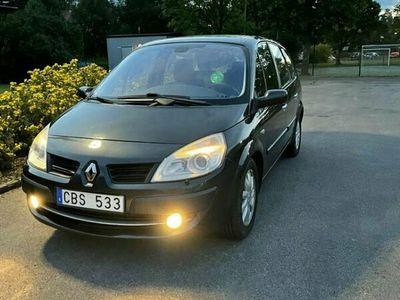 begagnad Renault Mégane Scenic 7 platser