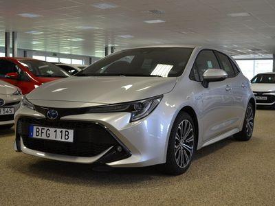 begagnad Toyota Corolla Hybrid ELHYBRID 1,8 5DR STYLE VINTERHJUL INGÅR