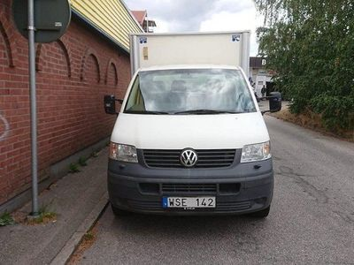 begagnad VW Transporter 1.9 TDI Manuell, 105hk -05