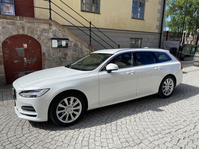 begagnad Volvo V90 D4 Momentum