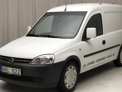 begagnad Opel Combo Combo Tour1.6 CNG Skåp 2011, Personbil 30 000 kr