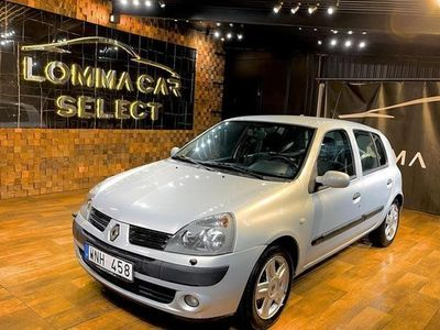 begagnad Renault Clio II 1.2 BERLINE HATCHBACK NYBESIKTIGAD 2005, Halvkombi 19 900 kr