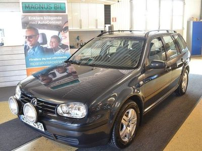 begagnad VW Golf 1,6i Variant Bra skick Dragkr