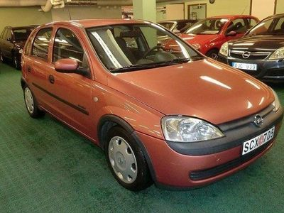 begagnad Opel Corsa 5-dörrar 1.2 75hk