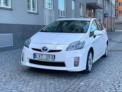 begagnad Toyota Prius 1.8 VVT-i + 3JM CVT 136hk