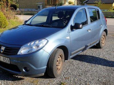 begagnad Dacia Sandero 1,6 -09