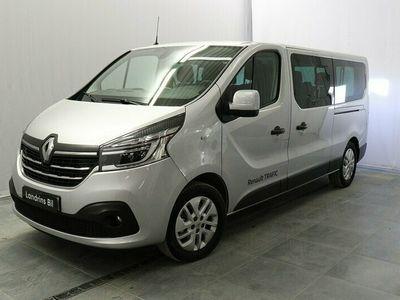 begagnad Renault Trafic Passenger 2.0 dCi 145HK 9-Sits
