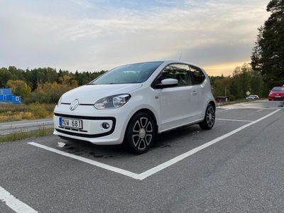 begagnad VW up! High3-dörrar (låga mil)