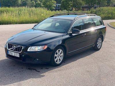 begagnad Volvo V70 D2 Momentum 115hk Nyservad