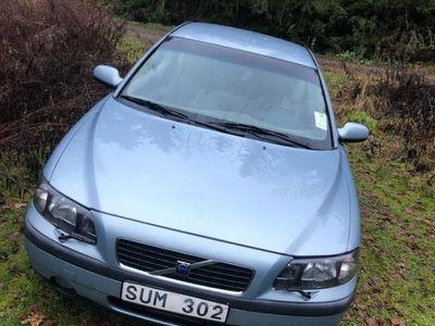 """begagnad Volvo S60 """"slit och släng-bil"""""""