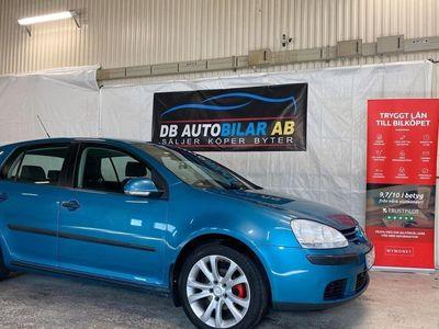 begagnad VW Golf 5-dörrar 1.6 102hk (nybes)