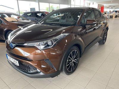 begagnad Toyota C-HR 1.8 HSD Executive JBL Automat 2017, SUV 229 900 kr