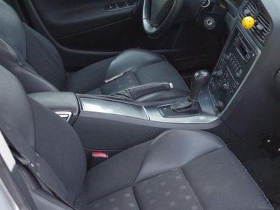 begagnad Volvo S60 D5 MOMENTUM -07