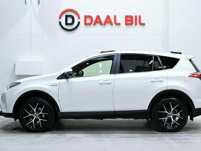 begagnad Toyota RAV4 Hybrid 2.5 I-AWD KAMERA PSENS STEER-ASSIST 2017, SUV Pris 239 800 kr