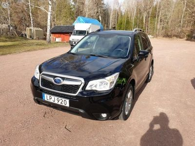 brugt Subaru Forester XS FWD drag/värmare GSM -14
