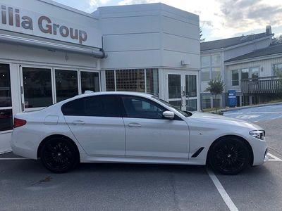 begagnad BMW 520 i Sedan M-Sport Harman/Kardon Connected