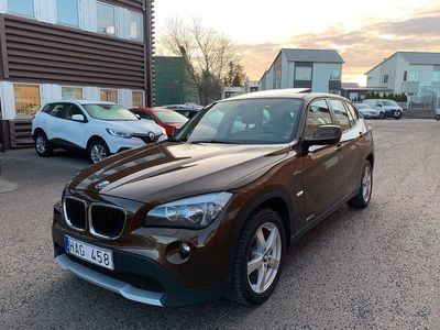 begagnad BMW X1 sDrive18i 150hk Skinn Drag Panorama