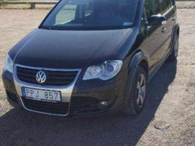 begagnad VW Touran Cross 2.0 TDI SV-såld -08