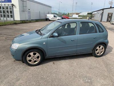 begagnad Opel Corsa 1.2 lågamil -06