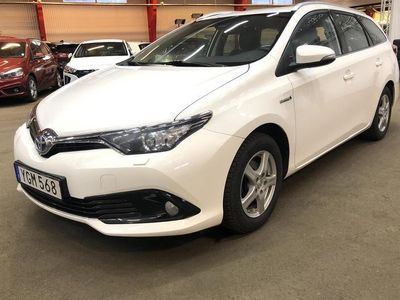 begagnad Toyota Auris 1.8 HSD Touring Sports