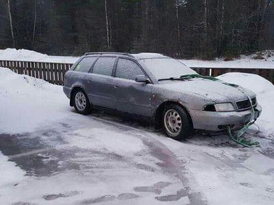 begagnad Audi A4 1,8t quattro hel eller i delar -97